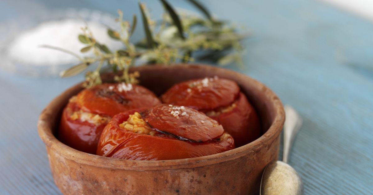 tomaten mit f llung rezept eat smarter. Black Bedroom Furniture Sets. Home Design Ideas