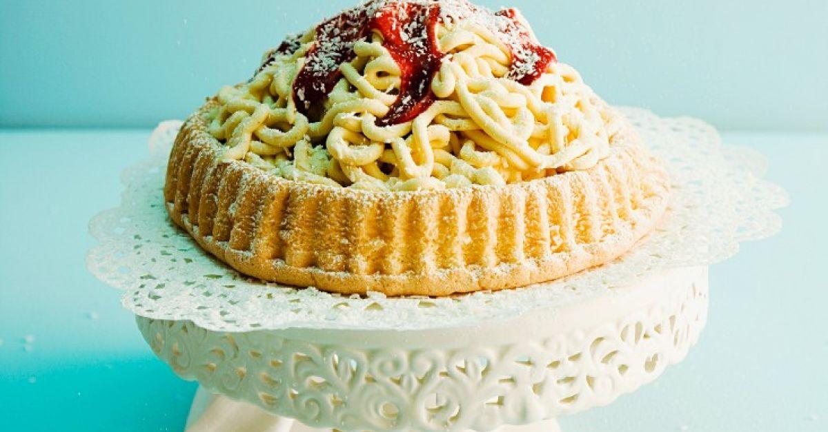 Torte aus Spaghettieis