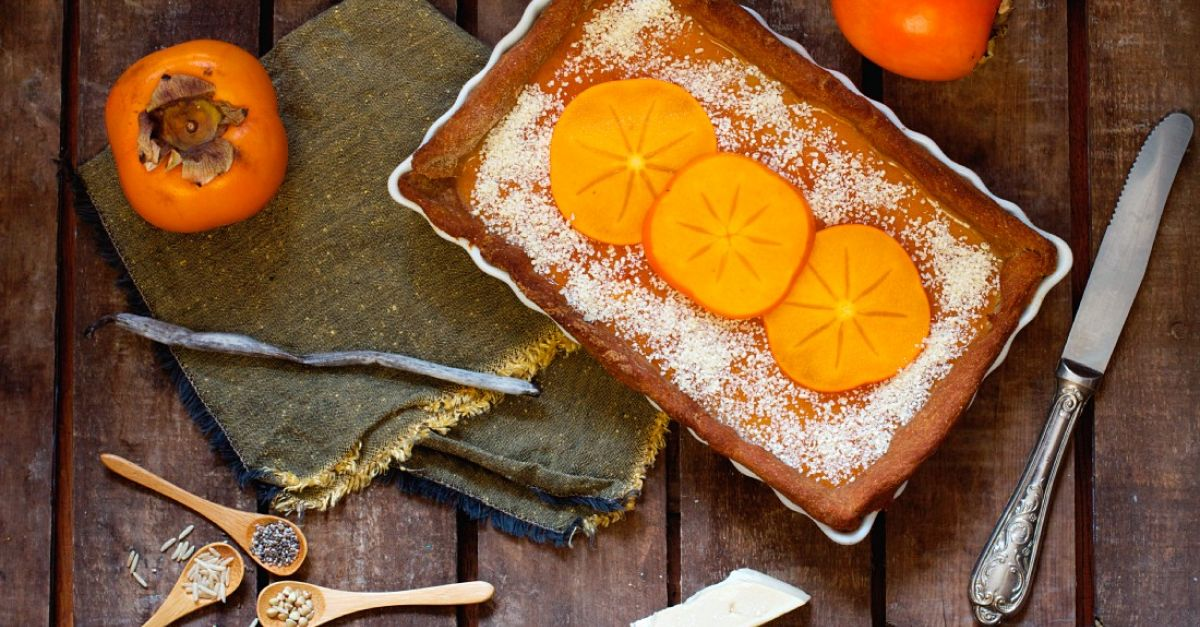 Veganer Kaki-Kuchen mit Chia-Samen