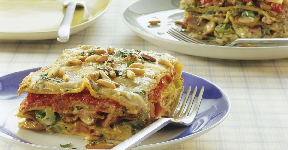 vegetarische lasagne mit champignons rezept eat smarter. Black Bedroom Furniture Sets. Home Design Ideas