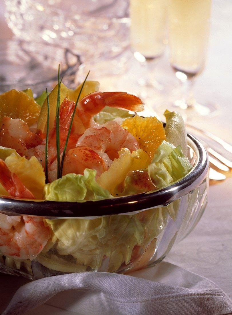 Blattsalat mit Shrimps und Cocktaildressing Rezept | EAT SMARTER