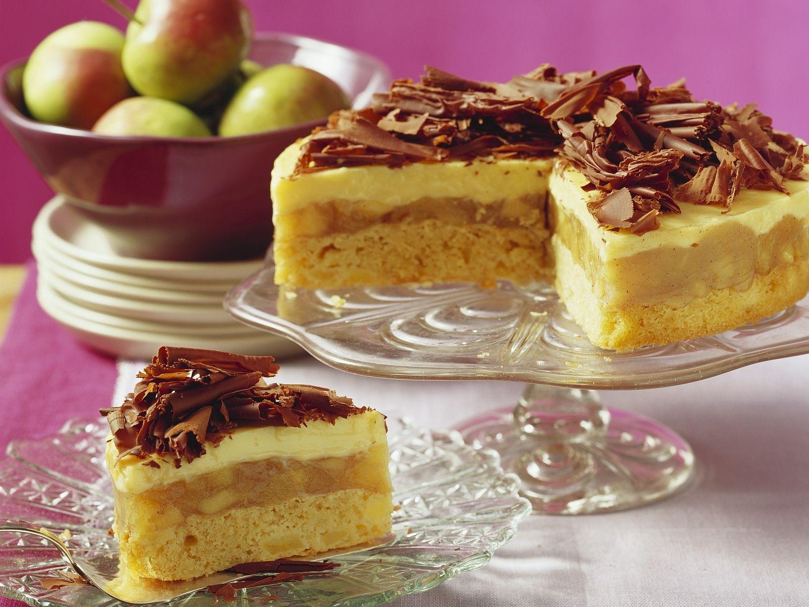 Eierlikor Apfelkuchen Mit Schokofachern Rezept Eat Smarter