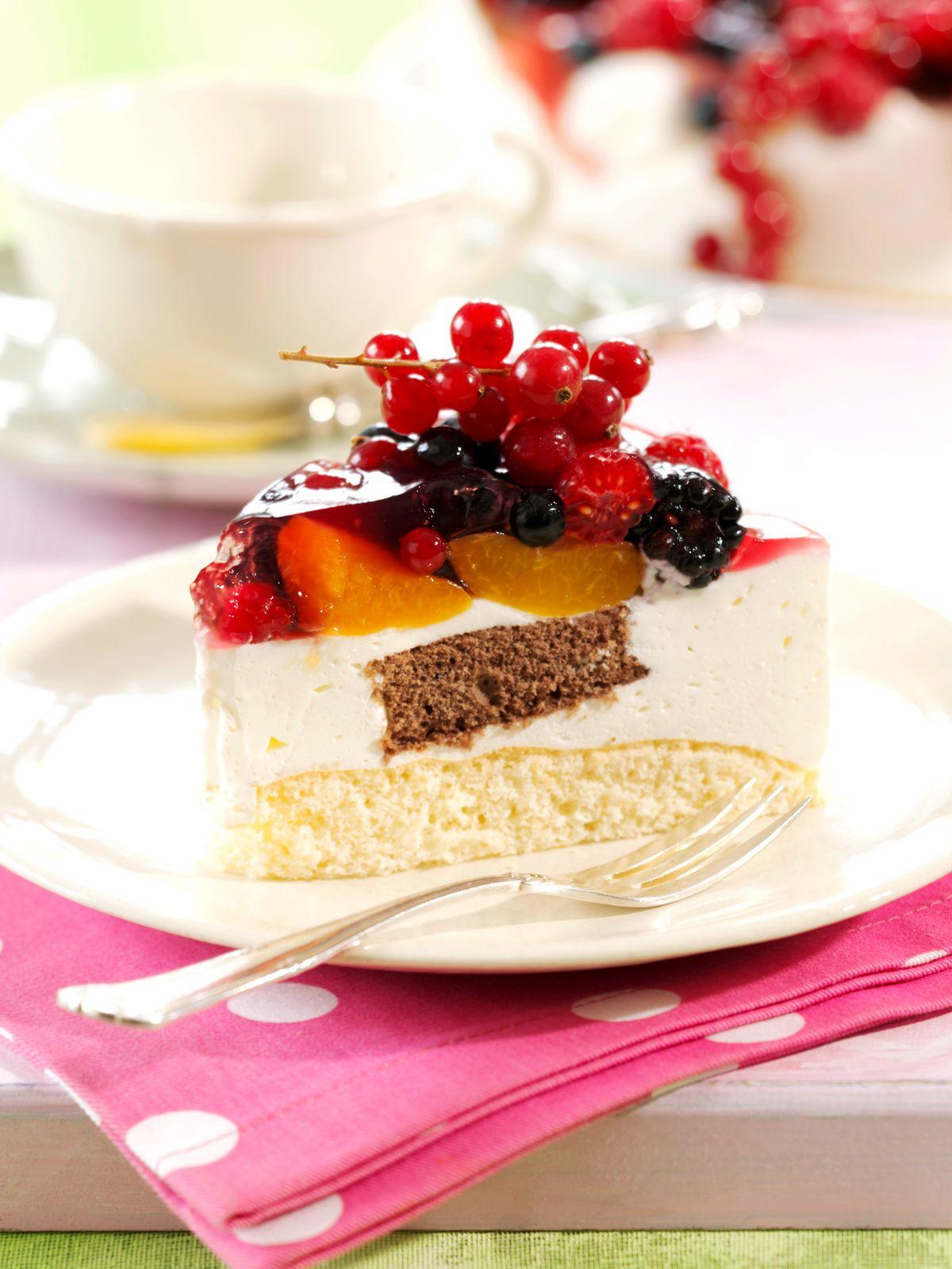 Joghurt Torte Mit Gemischten Fruchten Rezept Eat Smarter