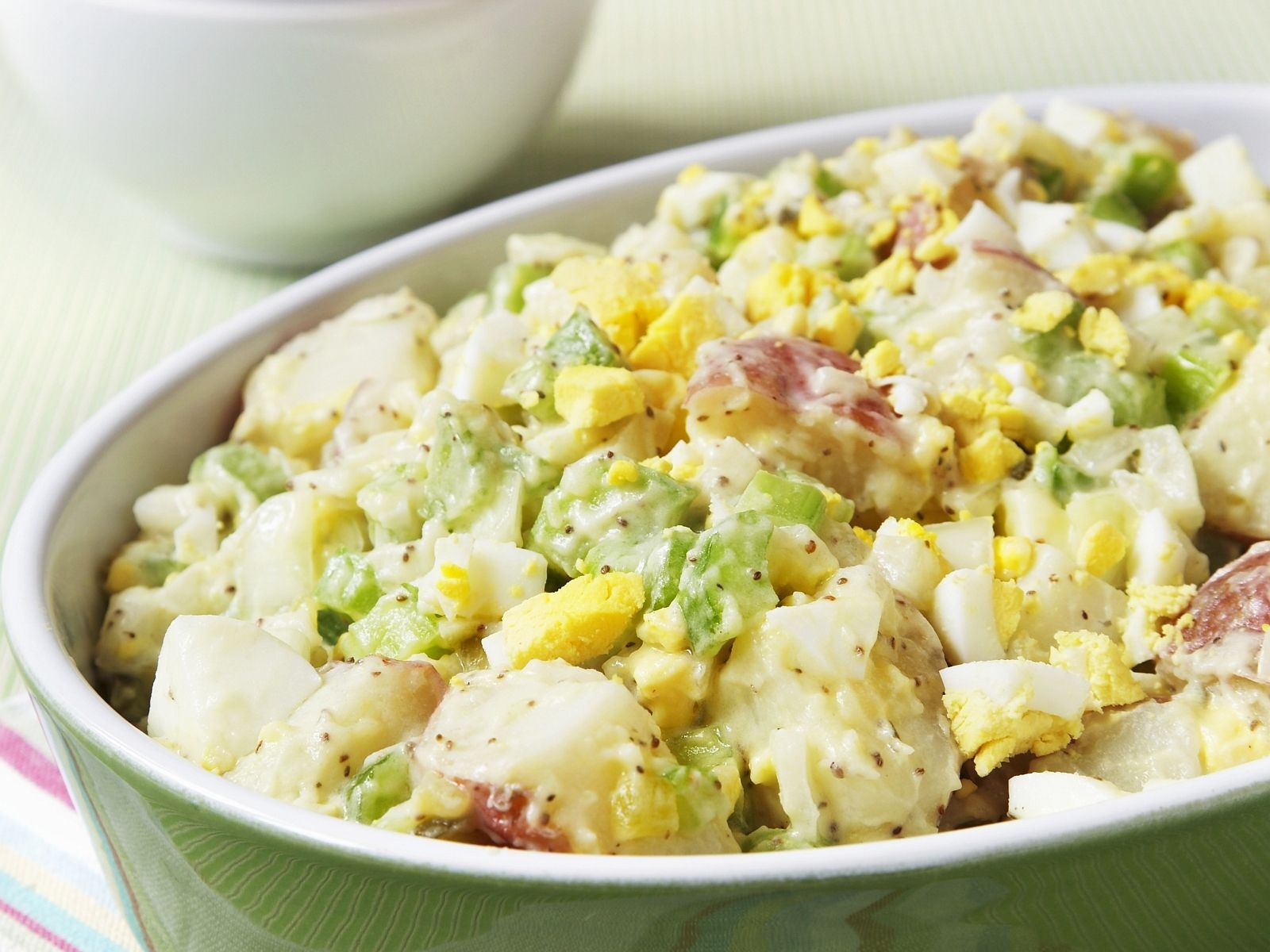 Kartoffel-Eier-Salat Rezept | EAT SMARTER