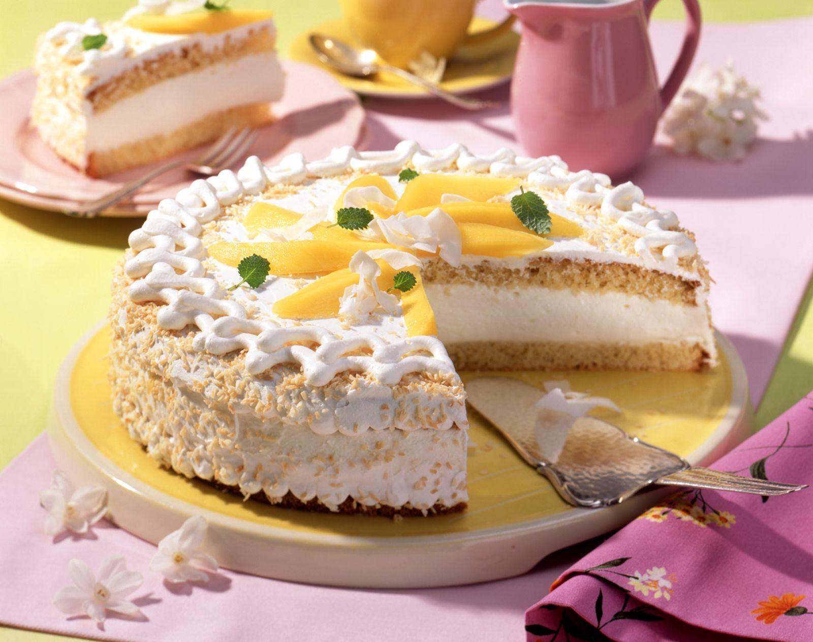 Kokos Sahne Torte Mit Mangospalten Rezept Eat Smarter