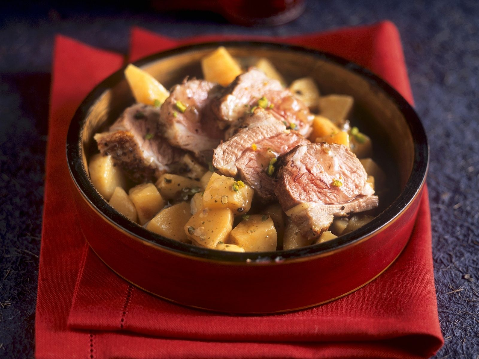 Lamm mit Gewürz-Quitten auf arabische Art Rezept | EAT SMARTER