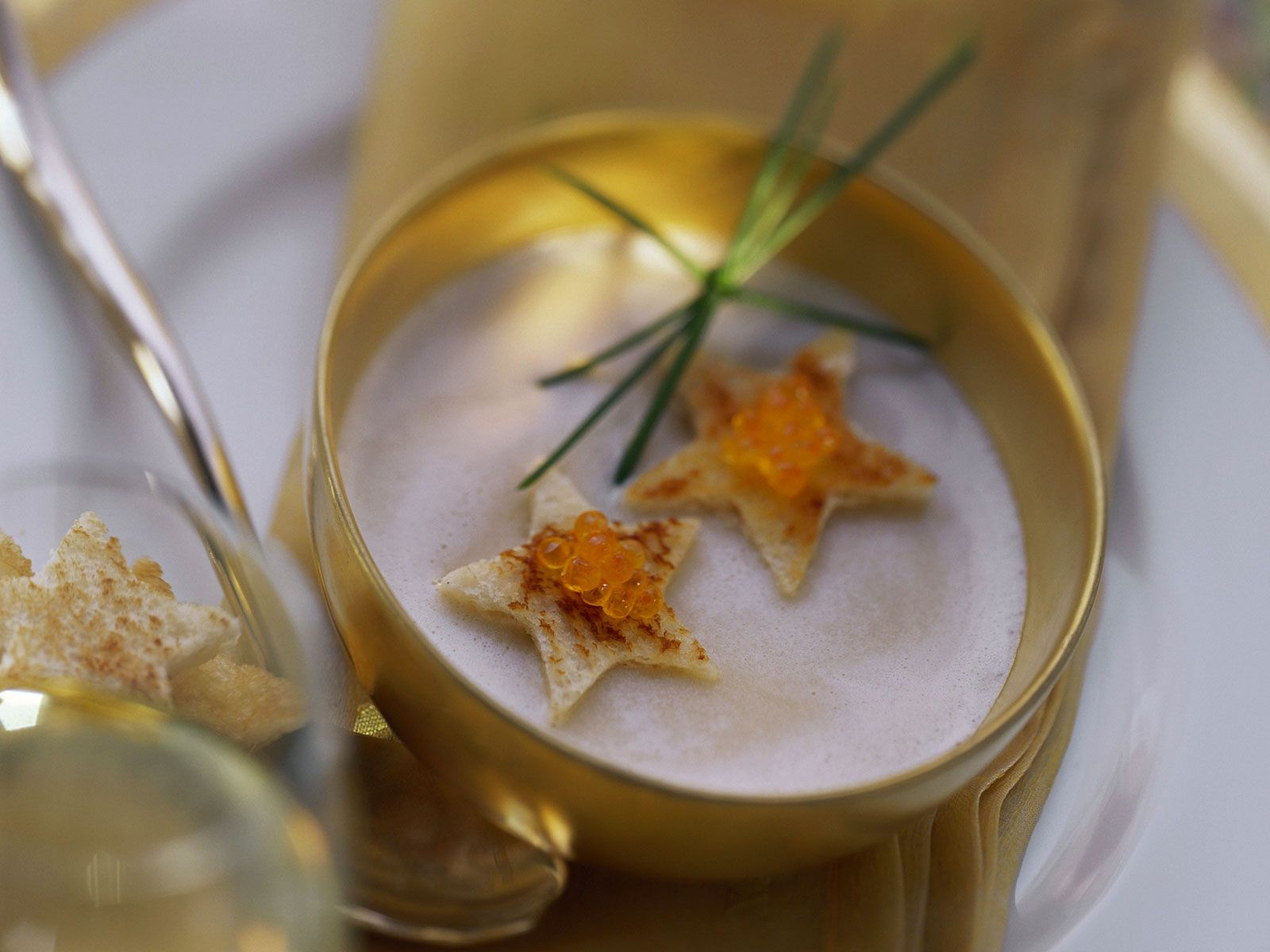 Luftige Kartoffelsuppe zu Weihnachten Rezept   EAT SMARTER