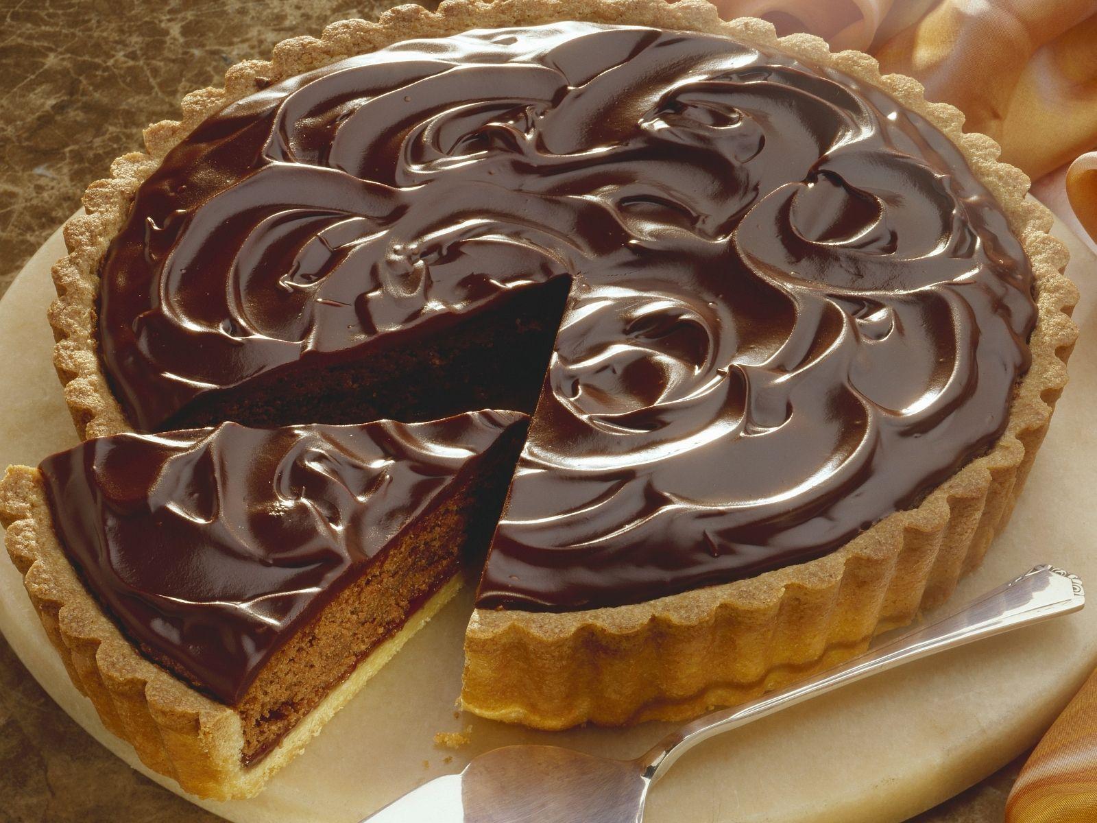 Nusskuchen Mit Schokoladenglasur Rezept Eat Smarter