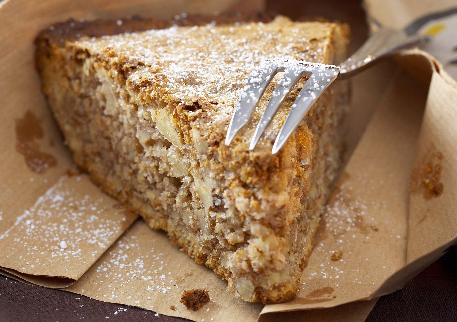 Nusskuchen nach kalifornischer Art Rezept | EAT SMARTER