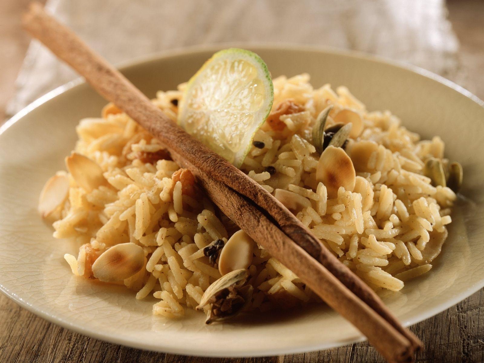 Orientalischer Gewürz-Reis (Biryani) Rezept | EAT SMARTER