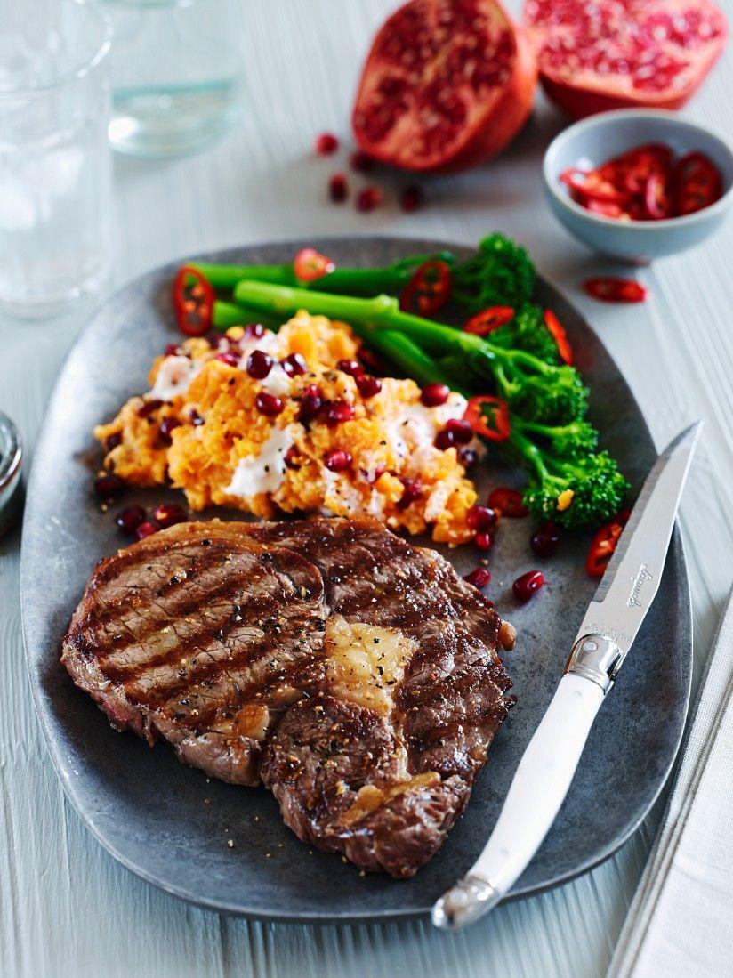Rib Eye Steak Mit Süßkartoffelpüree Und Stangenbrokkoli Rezept Eat