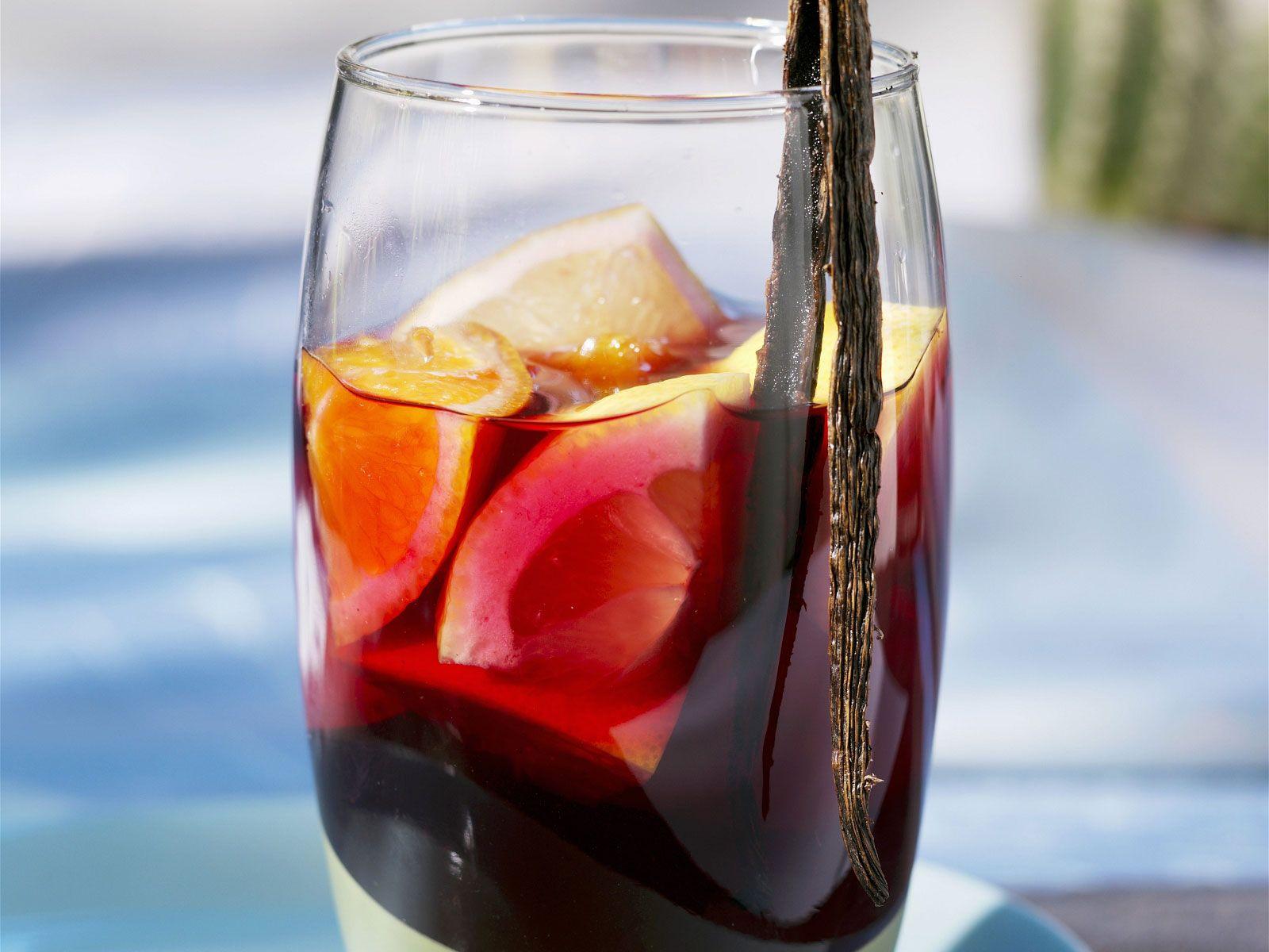 Sangria mit Vanille Rezept | EAT SMARTER