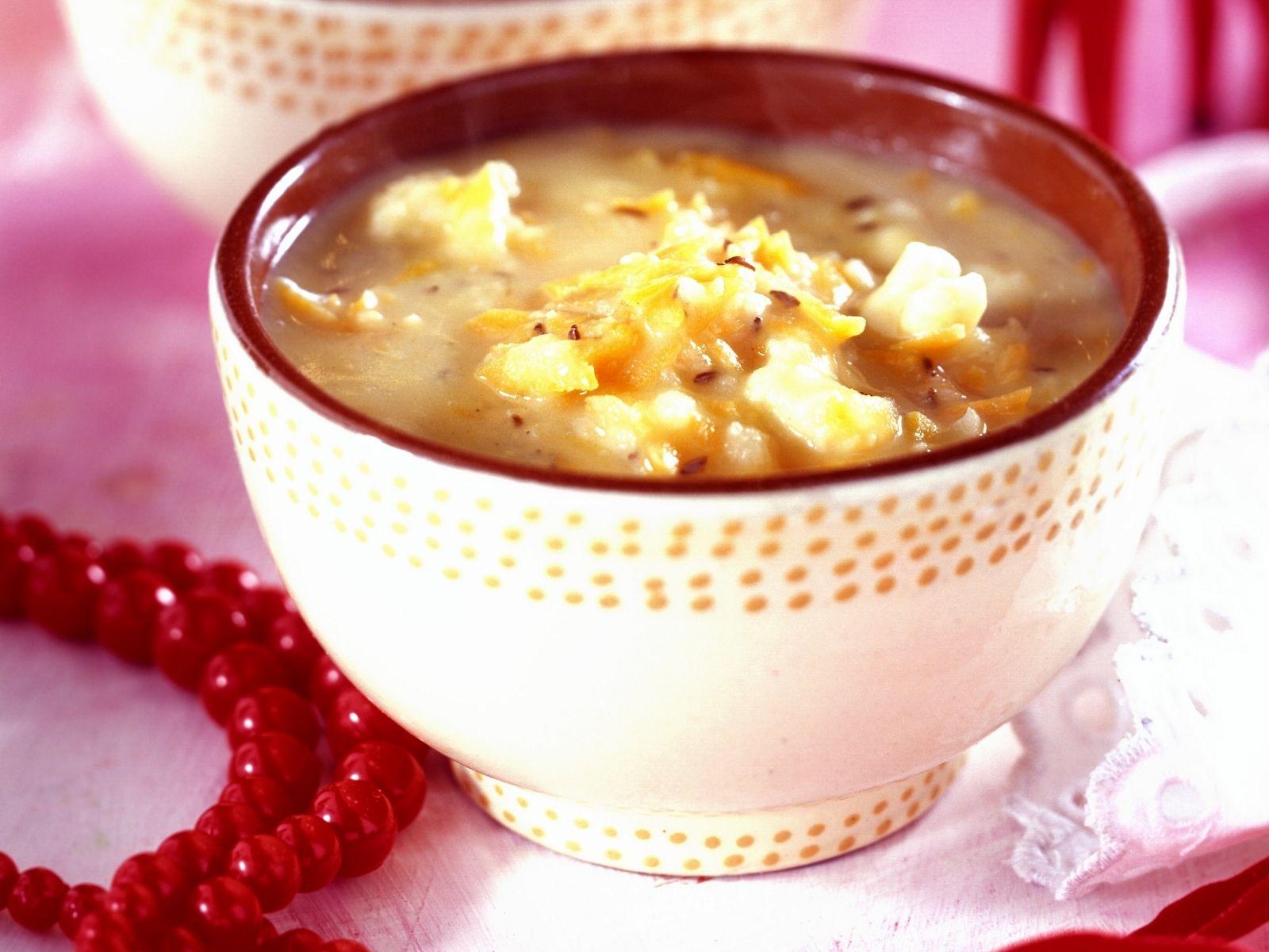 Weihnachtssuppe: Ernährung, Rezepte und mehr | EAT SMARTER