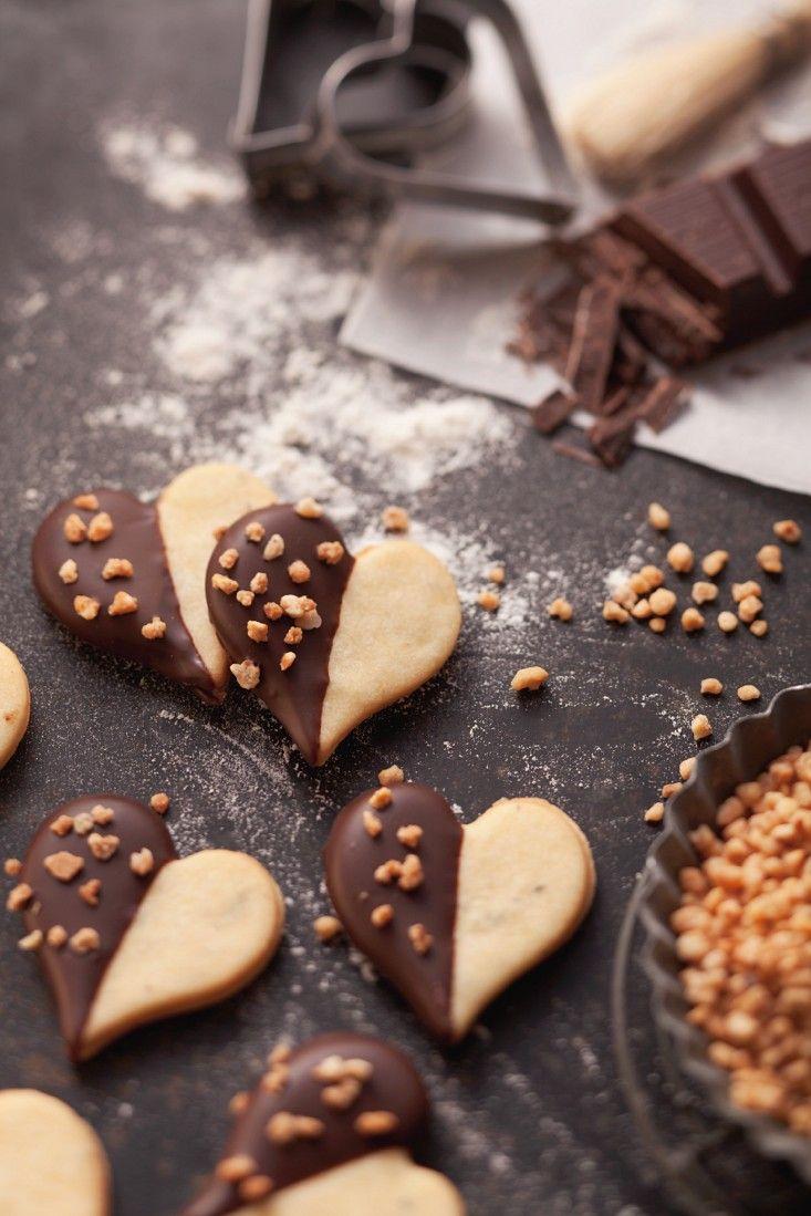 Weihnachtsplätzchen Mit Schokolade.Schoko Herz Plätzchen Mit Nüssen