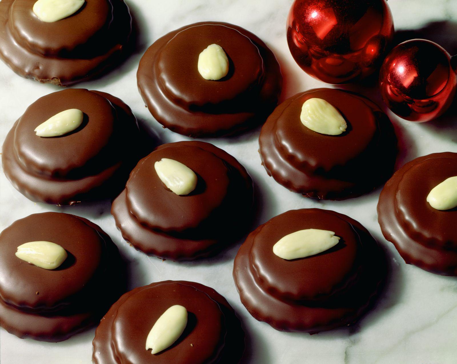 Weihnachtsplätzchen Mit Schokolade.Schoko Mandel Plätzchen