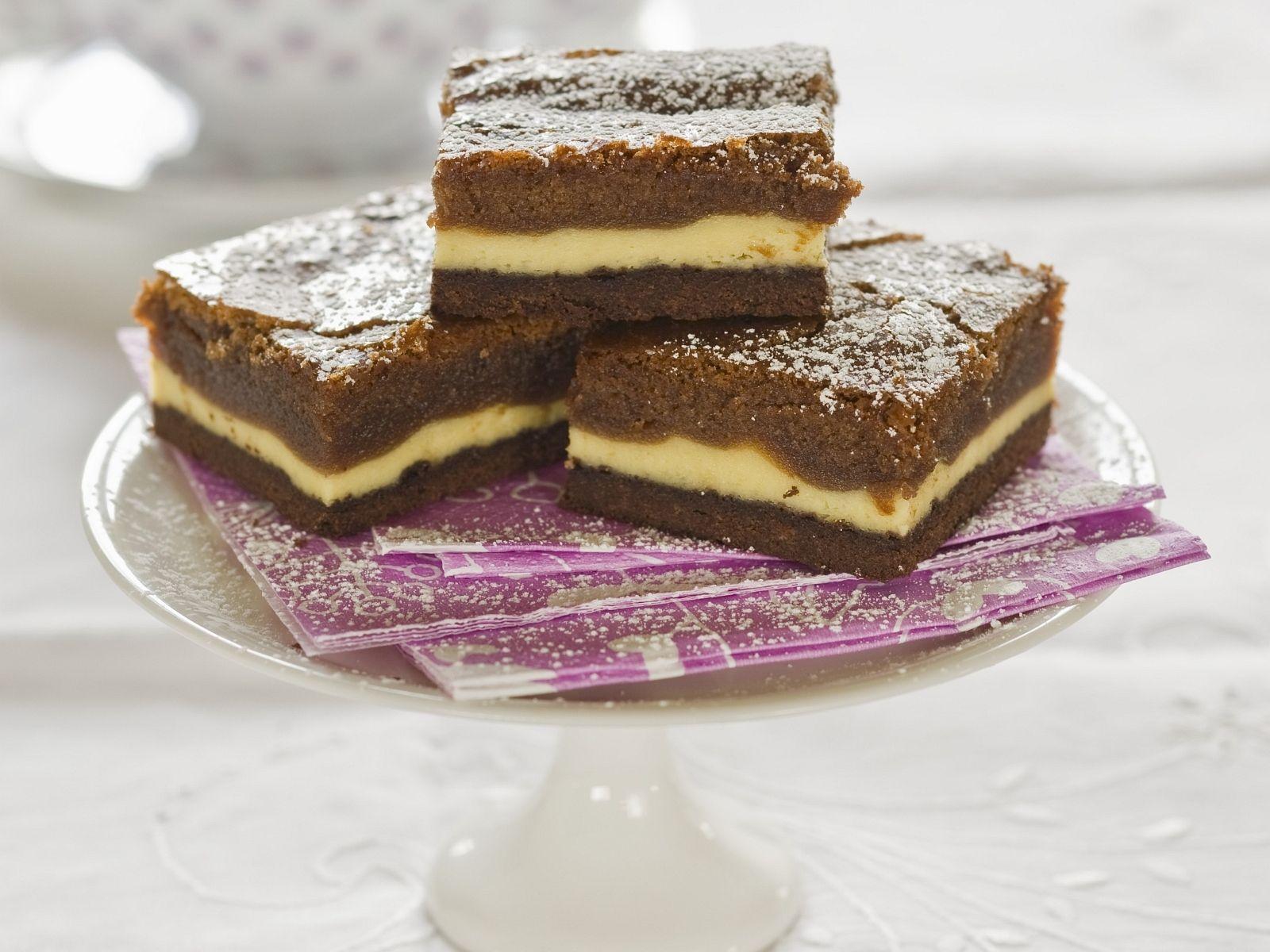 Kuchen mit vanillecreme und schoko