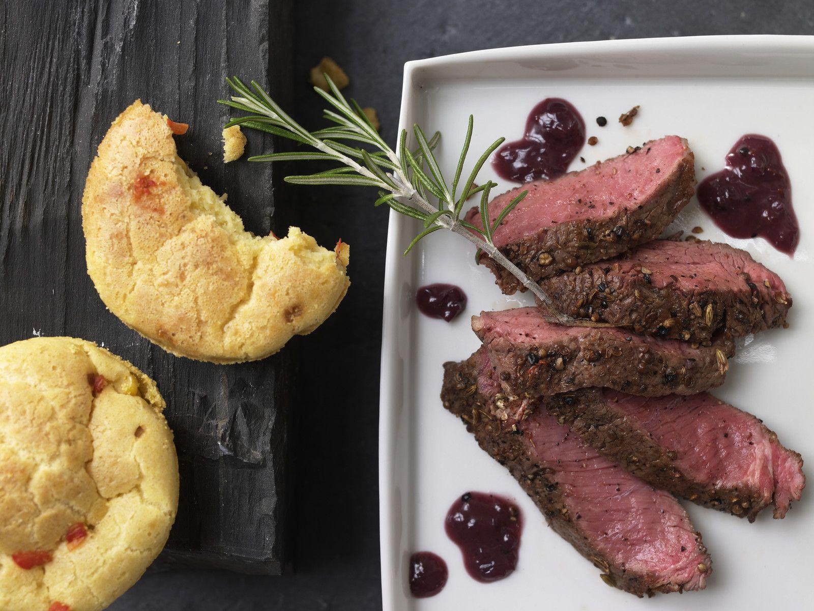 Weihnachtsessen Fleisch.Steak In Der Gewürzkruste