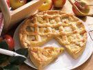 Apfel-Gitterkuchen mit Marzipan und Rosinen Rezept