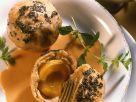 Aprikosen-Mohn-Knödel mit Hagebuttensoße Rezept