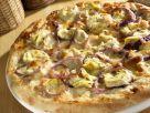 Artischocken-Pizza mit roten Zwiebeln Rezept