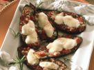 Auberginen mit Tomatenfüllung und Käse Rezept