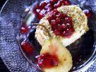 Back-Camembert mit Birne und Cranberrydip Rezept