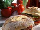 Baguette-Brötchen mit Grillgemüse und Thunfisch Rezept