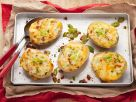 Baked Potatoes mit Käse, Speck und Mais Rezept