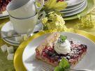 Beerenkuchen mit Marzipan Rezept