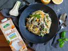 Bio-One-Pot-Pasta mit Zucchini, Erbsen und Linsen Rezept