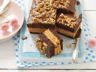 Biskuit mit Schokolade, Nüssen, Karamell und Kekse Rezept