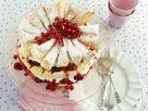 Blätterteig-Torte mit Beeren, Kirschen und Sahne Rezept