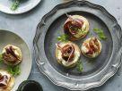Blinis mit Frischkäsecreme und Bacon Rezept