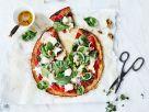 Blumenkohl-Pizza mit Ziegenkäse und Spinat Rezept