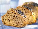 Brot mit Sonnenblumenkernen Rezept
