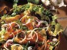 Bunt gemischter Salat mit Omelett Rezept