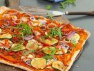 Bunter Gemüse-Flammkuchen Rezept