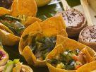 Bunter Gemüsesalat in Knusperschälchen Rezept