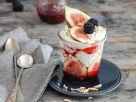 Chia-Mohn-Pudding mit Obst und Joghurt Rezept