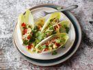 Chicoréeschiffchen mit Avocado-Salsa Rezept