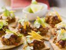 Chili con Carne auf Fladenbrothäppchen Rezept