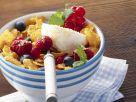 Cornflakes mit Joghurt und frischem Beerenobst Rezept