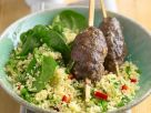 Couscous mit Lammspießen Rezept