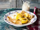 Crepes mit Karamelläpfeln Rezept