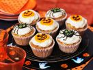 Cupcakes mit Halloween-Verzierung Rezept