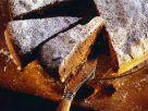 Einfacher Schokokuchen mit Rosinen und Pinienkernen Rezept