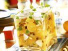 Eiskalter Orangensalat mit Äpfeln Rezept
