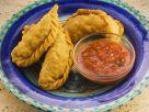 Empanadas mit Hackfüllung und Salsa Rezept