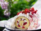 Erdbeer-Rhabarber-Rolle mit Quarkfüllung Rezept