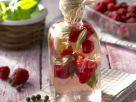 Essig mit Himbeeren und Basilikum Rezept